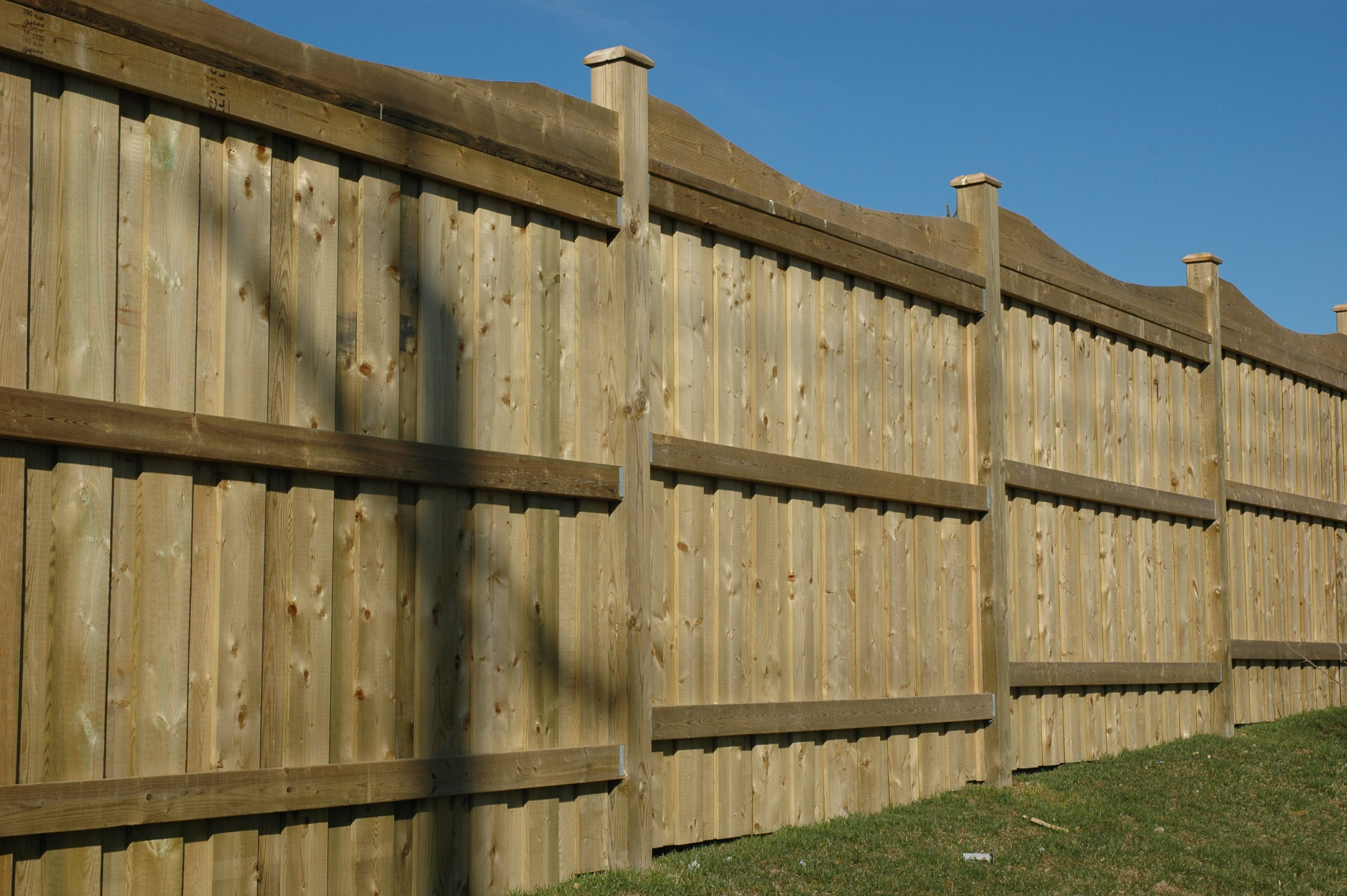 how to build 8 foot wood fence